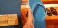 เห็นราคาถึงกับอึ้ง…รองเท้าแตะหูคีบ LV แปะป้าย16,700 บาท