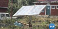 'ไฟถนนพลังแสงอาทิตย์' ให้แสงสว่างแก่หมู่บ้านในอินเดีย