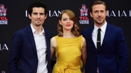 ภาพยนตร์เพลงรัก 'ลาลาแลนด์' หรือ 'นครดารา' ได้รับการเสนอชื่อเข้าชิงรางวัลลูกโลกทองคำ ครั้งที่ 74