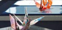 ญี่ปุ่นประท้วงเงียบ!วางนกกระเรียนกระดาษบนโต๊ะเพื่อต้านนิวเคลียร์ที่