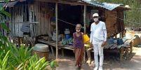 สุดซึ้ง อดีตพระสร้างบ้านให้คุณยาย ที่มารอใส่บาตรให้ทุกเช้า