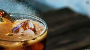 การศึกษายืนยัน ดื่มน้ำอัดลมทุกชนิด 2 แก้วต่อวัน เสี่ยงเสียชีวิตก่อนวัยอันควร