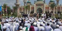 ไทยมุสลิม ร่วมละหมาดฮายัตที่มัสยิดกลางปัตตานี