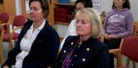 โรงพยาบาลดังในลอนดอน นิมนต์พระไทยสอนสมาธิให้หมอ-พยาบาล เรียนรู้การเพิ่มพลังใจด้วยการทำใจหยุดนิ่ง