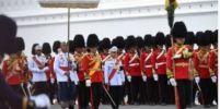 ในหลวง ร.10 ทรงพระเมตตา ทหารพลธงเป็นลม ล้มลงต่อหน้าพระพักตร์ สั่งดูแลใกล้ชิด