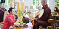 ชาวไทย และชาวเมียนมาร์ ร่วมใจกันถวายเทียนพรรษา ณ เมืองทวาย