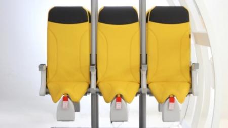 """บริษัทอิตาลีเสนอไอเดีย """"ที่นั่งแบบยืน"""" บนเที่ยวบินชั้นประหยัด"""