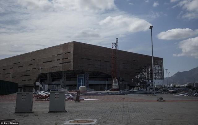 สภาพเมือง 'Rio de Janeiro' หลังจบโอลิมปิค ต้องเผชิญปัญหาเศรษฐกิจล้มละลาย