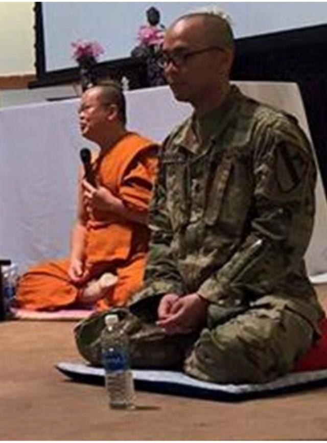 อนุศาสนาจารย์ไทยคนแรกในกองทัพสหรัฐโพสต์กองทัพสหรัฐรับชาวพุทธเกาหลีเป็นอนุศาสนาจารย์