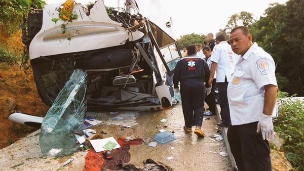 สื่อตปท.เผยรถบัสโดยสารนักท่องเที่ยวในไทยไม่ปลอดภัย ขาดมาตรฐานสากล