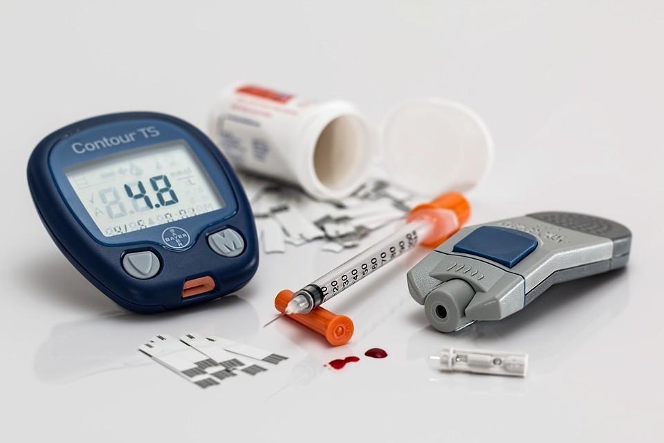 เคล็ดลับ 8 ประการใน การดูแลสุขภาพ โดย หมอแดง ดิอโรคยา