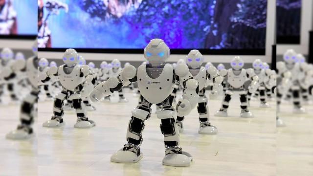 ธนาคารทั่วโลก สนใจใช้หุ่นยนต์ AI ทำงานแทนคน เพื่อเพิ่มผลกำไรที่มากขึ้น