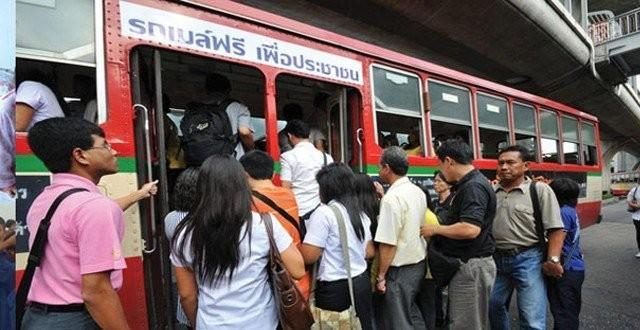 แจ้งปรับเปลี่ยน 10 เส้นทางรถเมล์ 14-15 ต.ค.นี้ เหตุซักซ้อมริ้วขบวนพระราชพิธีฯ