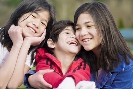 คำแม่..สอน ตอน ครอบครัวอบอุ่น รักพี่รักน้อง โดยพระมหาโพธิวงศาจารย์ (ทองดี สุรเตโชป.ธ.๙ ราชบัณฑิต)