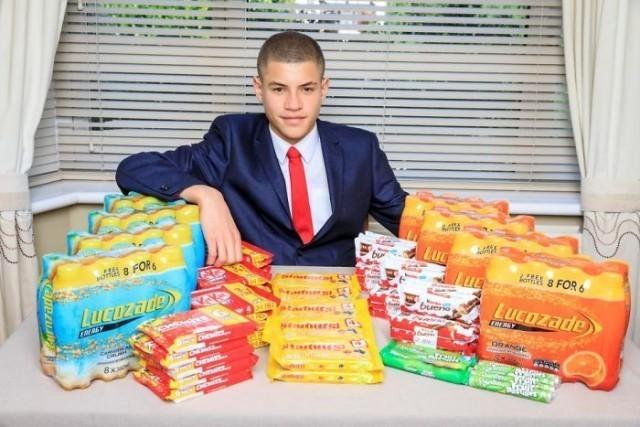 หนุ่ม 15 ปี เศรษฐีรุ่นใหม่ขายขนมในห้องน้ำโรงเรียน จนมีรายได้กว่า 1.9 ล้านบาทต่อปี!!