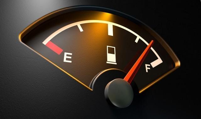 8 วิธีที่ช่วยประหยัดน้ำมัน ขณะขับรถ ทดลองแล้วปรากฏว่าเวิร์ค...ครับ