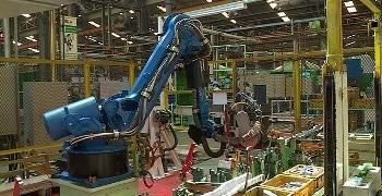 กลุ่มไทยซัมมิท มีแผนจะเพิ่มหุ่นยนต์ในโรงงานผลิตชิ้นส่วนยานยนต์ ให้ได้ 2,000 ตัว ในสิ้นปีนี้