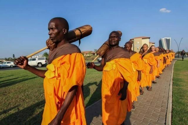 ประมวลภาพคณะสงฆ์เดินธรรมยาตราครั้งแรก ณ ทวีปแอฟริกา