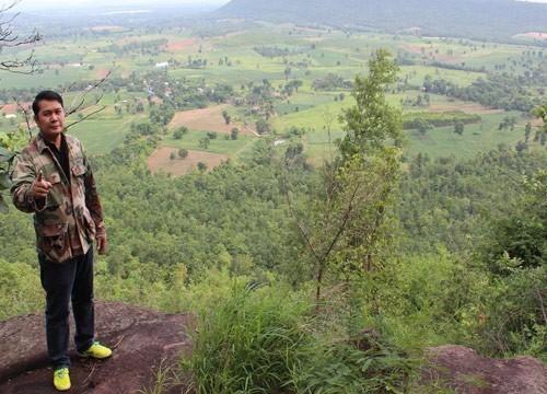 ท้าปีนเขา..เที่ยวผาหินเหงิบครบุรี จุดชมวิวมุมสูงแห่งใหม่ของโคราช