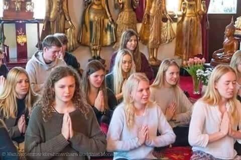 นายทิม.ไรอั้น.สส.ของอเมริกาผลักดันให้การเจริญสติตามหลักพระพุทธศาสนาเป็นวาระแห่งชาติ.