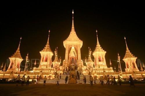 ก.มหาดไทยเผยปชช.ร่วมพิธีถวายดอกไม้จันทน์ทั่วประเทศกว่า 19 ล้านคน เฉพาะกทม.กว่า 3 ล้านคน