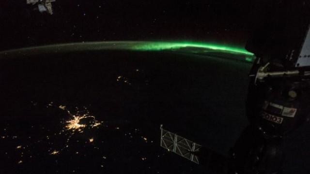 แสงใต้-ออโรราสุกสว่างยามค่ำคืน เห็นกันทั่วทางตอนใต้ทวีปออสเตรเลีย