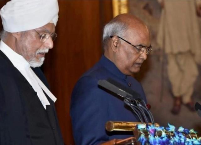 """พิธีสาบานตนของปธน.อินเดีย ตอนหนึ่งระบุว่า""""อินเดียเป็นดินแดนแห่งพระพุทธเจ้า"""""""