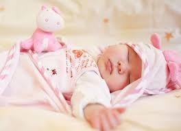4 วิธีฝึกลูกให้ยอมนอนทั้งกลางวันและกลางคืน