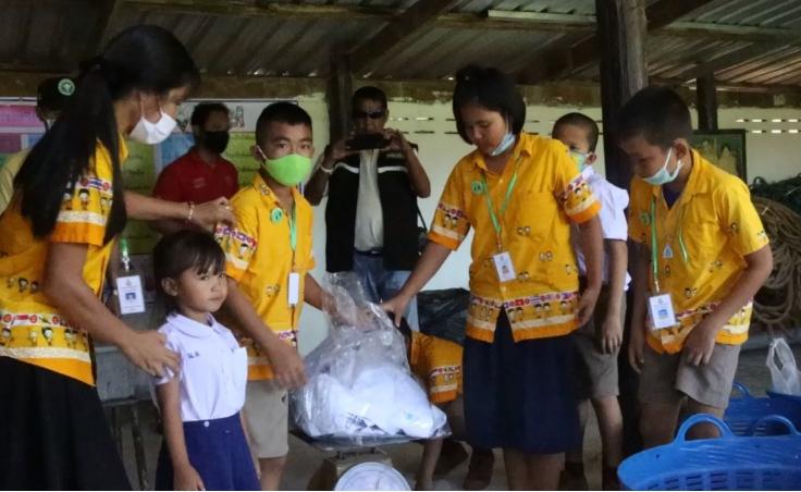 """โรงเรียนต้นแบบเปิด""""ธนาคารขยะรีไซเคิล""""ช่วยลดมลพิษ"""