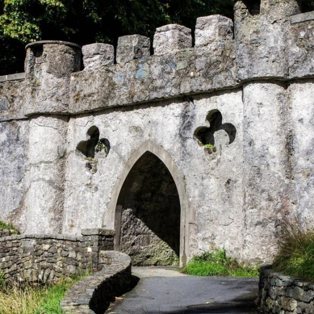 """13 กิจกรรมสุดเหวี่ยงที่คุณอาจไม่รู้ว่าทำได้ใน """"ประเทศไอร์แลนด์"""" แล้วคุณจะจำมันไม่ลืมแน่ๆ"""