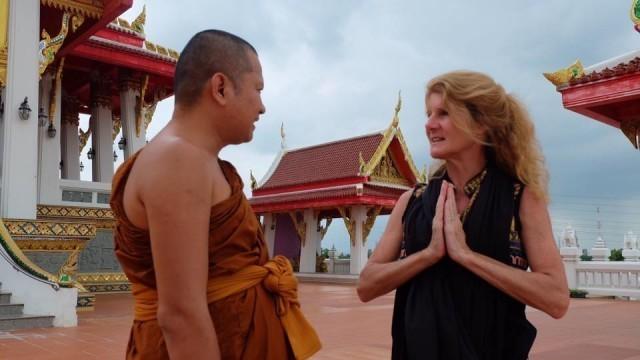 เหตุผลอะไร ..?!? ทำให้ฝรั่งสนใจพระพุทธศาสนา