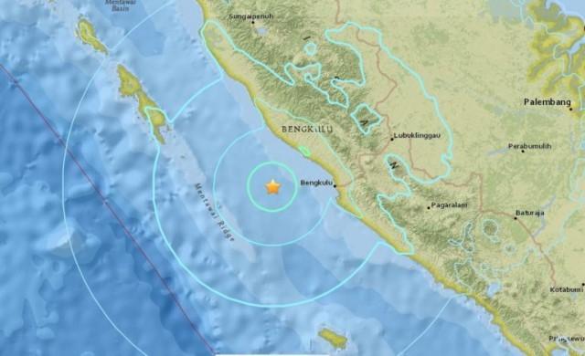 สะเทือน!!แผ่นดินไหวนอกชายฝั่งสุมาตราขนาด 6.4