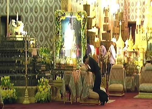 พระเจ้าหลานเธอ พระองค์เจ้าสิริวัณณวรีนารีรัตน์ เสด็จบำเพ็ญพระราชกุศลสวดพระอภิธรรมถวายพระบรมศพ