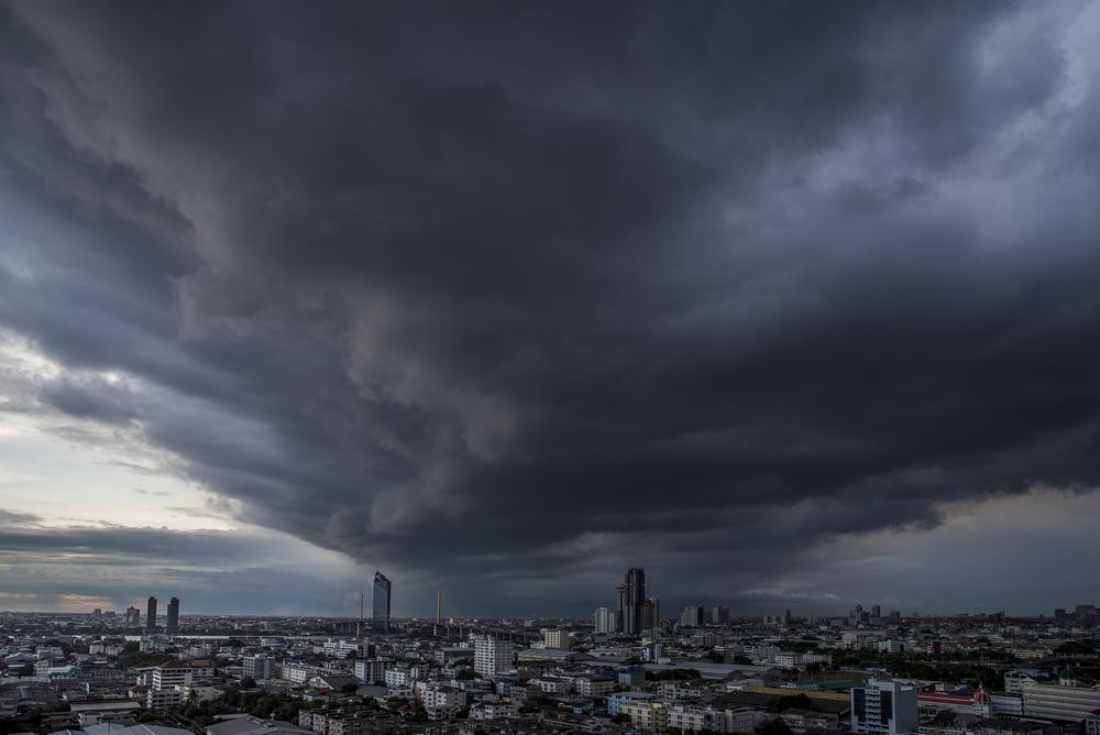 อุตุฯ เตือน!! พายุฤดูร้อน ภาคอีสาน และ ตะวันออก 1 เมษายน นี้ ขอให้ประชาชนระมัดระวัง